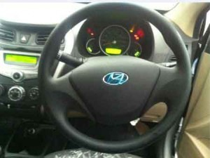 Hyundai EOn Steering wheel photo